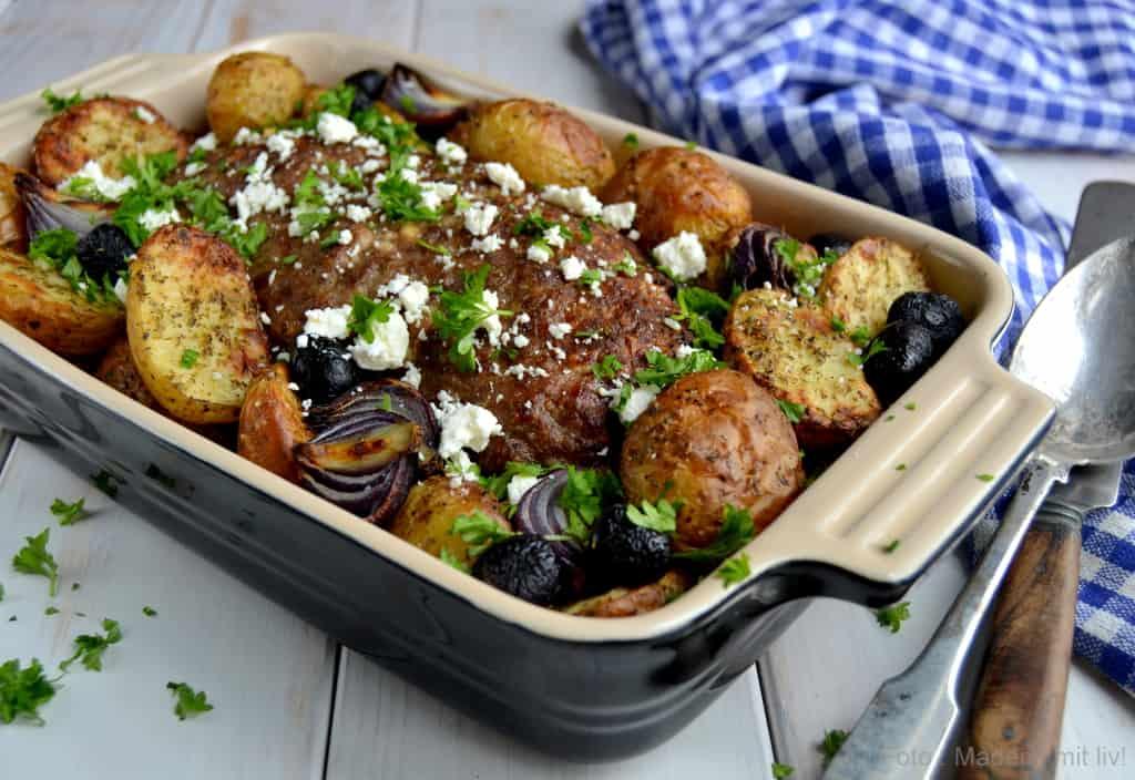 Græsk farsbrød og ristede kartofler
